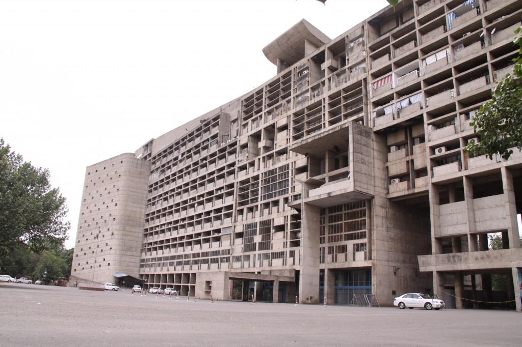 チャンディーガルの行政庁舎