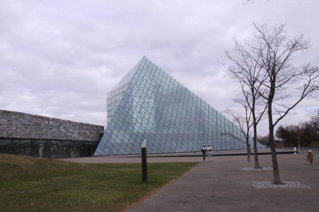 モエレ沼公園のピラミッド