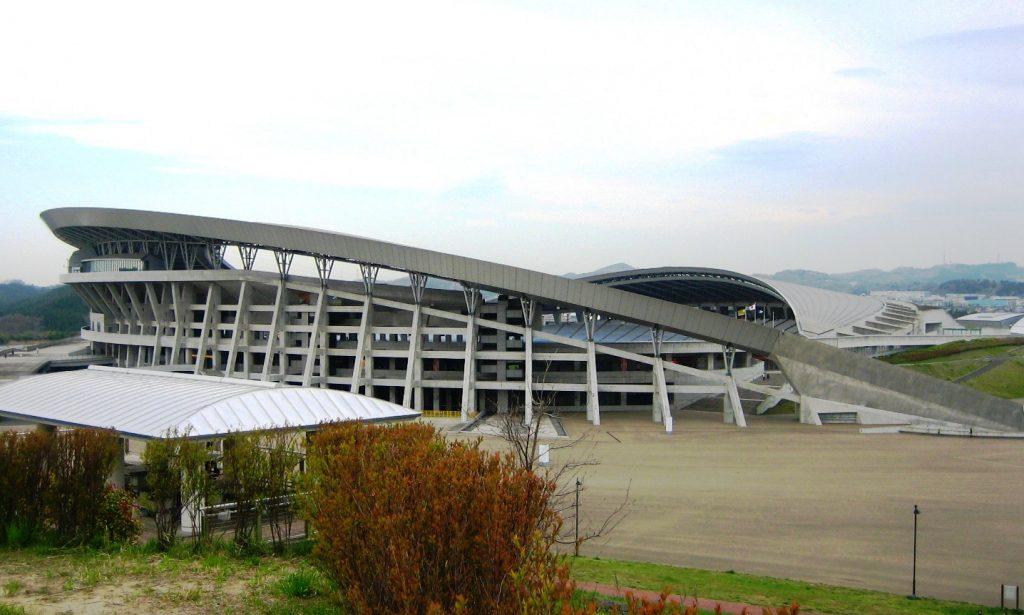 MiyagiStadium2007-4-29_cropped