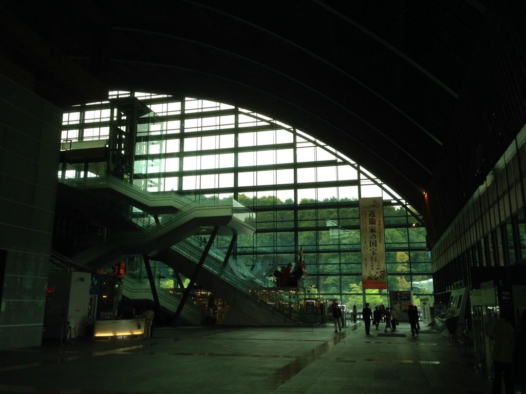 九州国立博物館ホワイエ